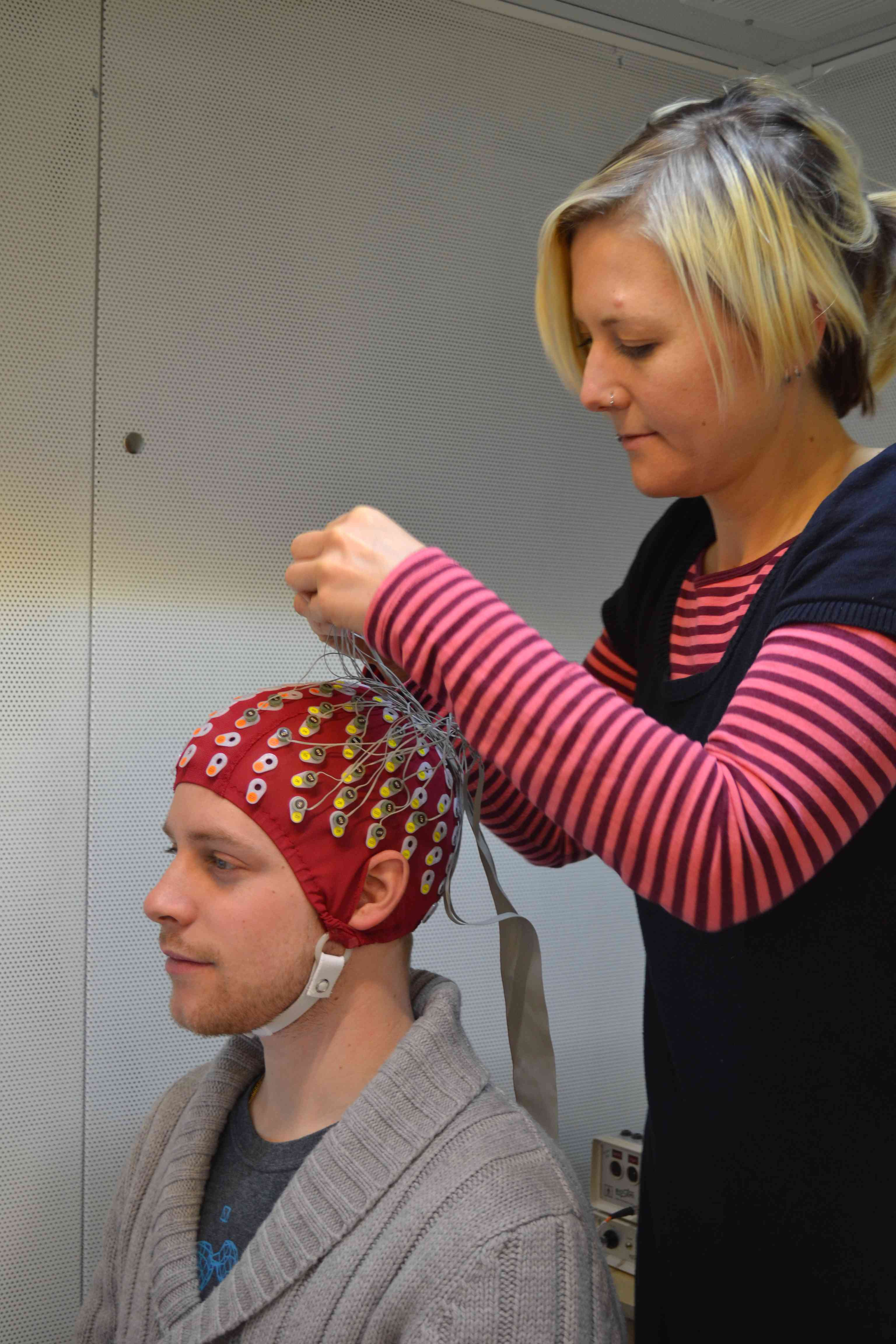 eeg 01 Summary report for: 29-209901 - neurodiagnostic technologists conduct electroneurodiagnostic (end) tests such as electroencephalograms, evoked potentials, polysomnograms, or electronystagmograms.